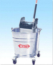WHITE Bucket w/ Down Press Wringer Metal